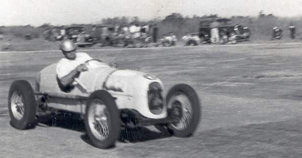 Possibly an Austin racer